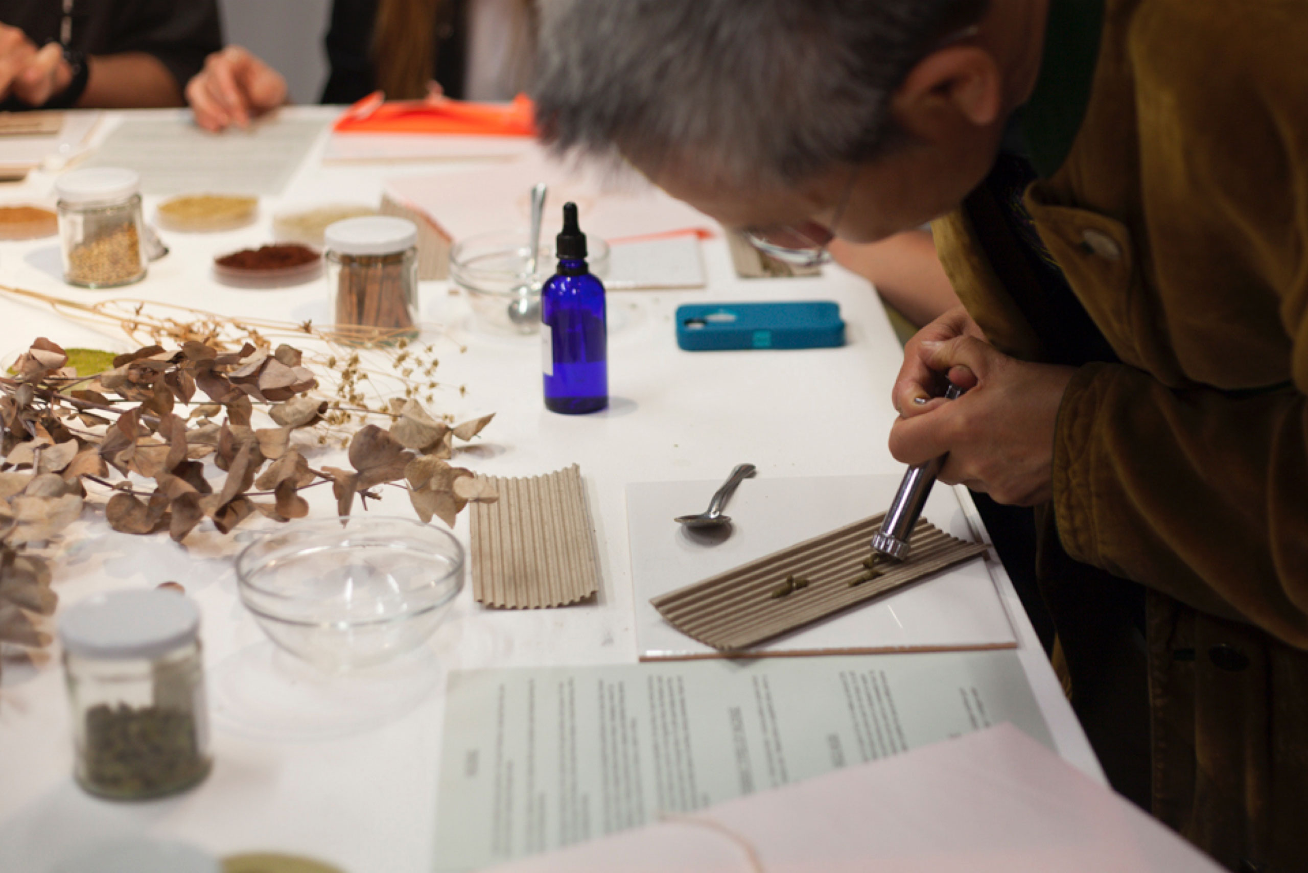 Grains for Thoughts - sensory workshop by Heka London