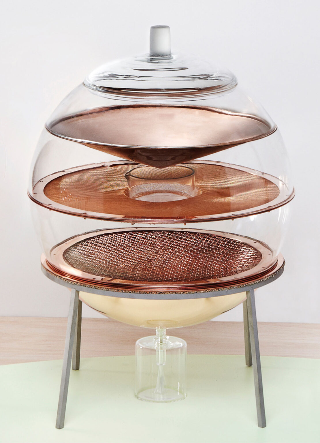 Product_The-Alchemists-Dressing-Table_HEKATable